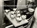 Küche-FST-mit-Eisbecher